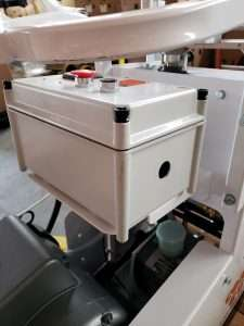 CC1875 Elect side box view for wiring or pigtail